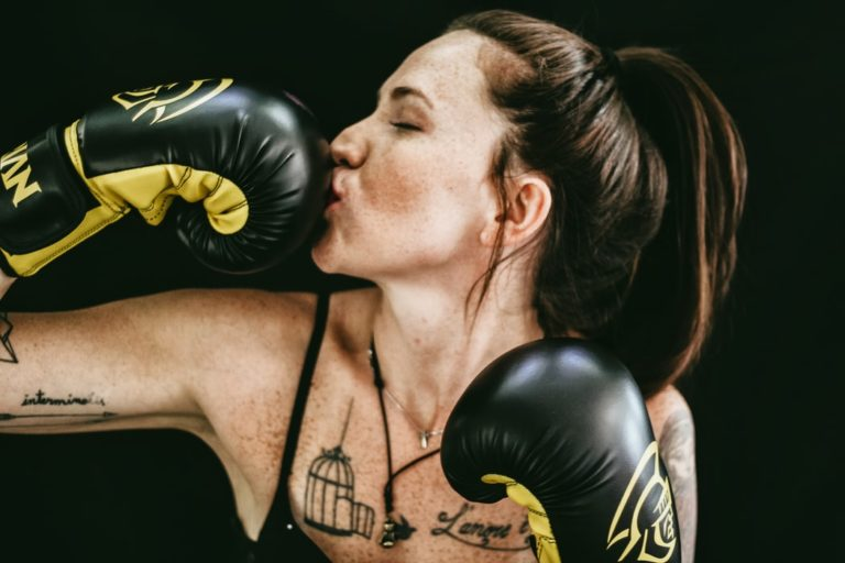boxing-workout-women